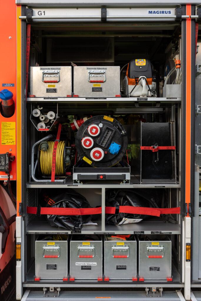 RW Geräteraum G1 (Fahrerseite)