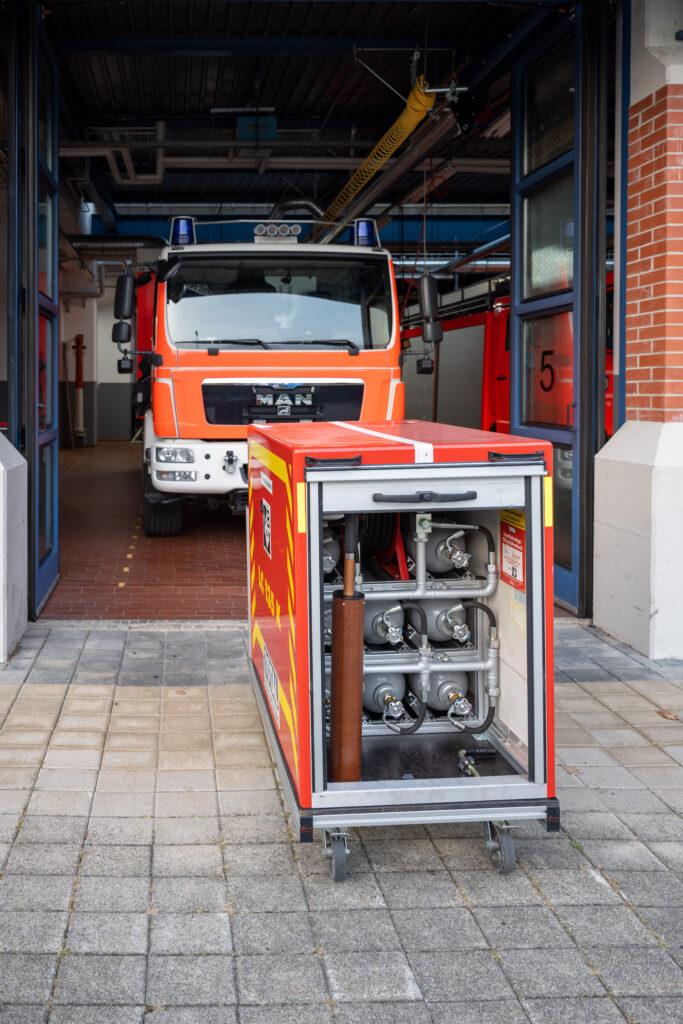 GW-T Rollwagen mit CO2-Löschanlage